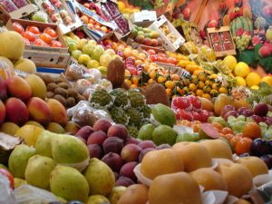 fruits 1187642 640x480 300x225 - Mengatasi Masalah Wajah Dengan Masker Buah Serta Proses Pembuatannya