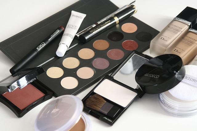 5 Menit Memilih Kosmetik Sesuai Jenis Kulit Paling Tepat - 5 Menit Memilih Kosmetik Sesuai Jenis Kulit Paling Tepat