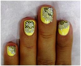 Nail Art Sticker - Nail Art, Seni Mewarnai Kuku yang Indah