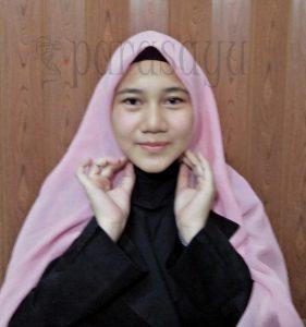Tutorial Hijab Segi4 Untuk Ke Kantor