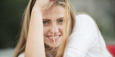Perawatan Rambut Kering Kusam Dan Bercabang 400x200 - Perawatan Rambut Kering, Kusam Dan Bercabang Yang Bisa Jadi Alternatif Ampuh