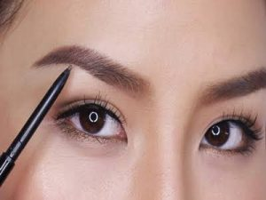 Makeup Natural Ke Kampus