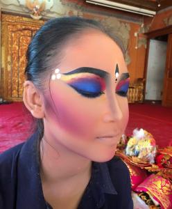 Makeup Tari Bali