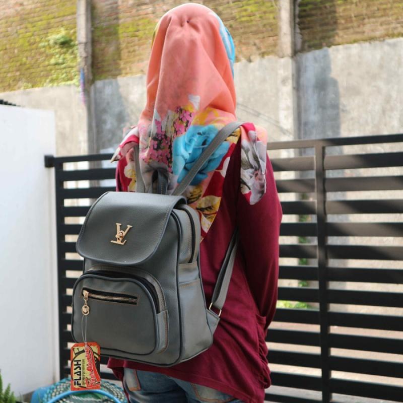 6. Ransel - Ke Kampus? Pilih Nih 10 Tas Kuliah Wanita Model Baru yang Murah