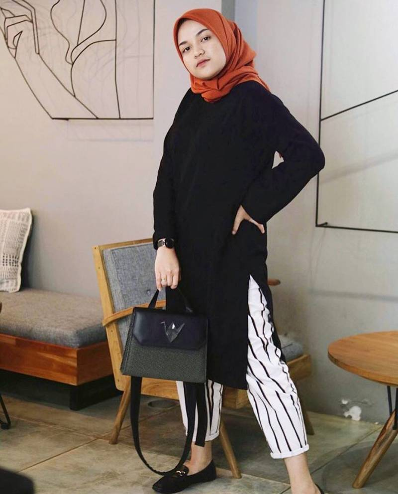 Mannequin Plastic from instagram - 10 Merk Tas Wanita Yang Bagus Buatan dalam Negeri Yang Sering Dikira Import