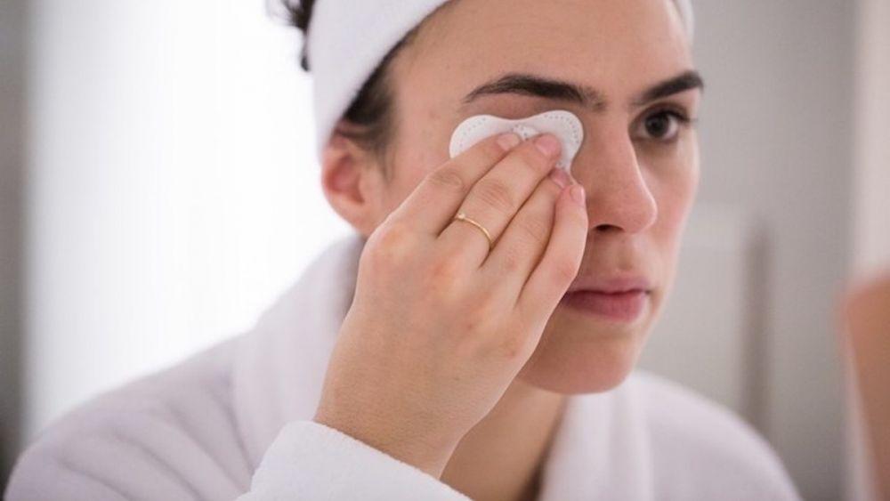 1 - Tips Agar Makeup Tahan Lama Mesti Kerja di Luar Ruangan