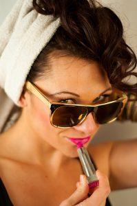 Makeup Dasar Untuk Pemula 199x300 - 7 Langkah Praktis Makeup Dasar Untuk Pemula Layaknya Profesional