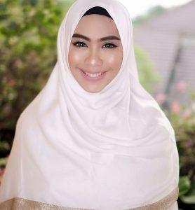 Cara Hijab Oki Setiana