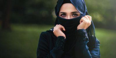 Cara Hijab Yang Baik 400x200 - 8 Cara Hijab Yang Baik dan Benar Sesuai Syariat Agama Islam
