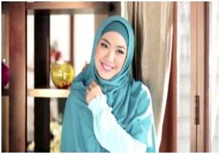 Tutorial Hijab Oki Setiana Dewi