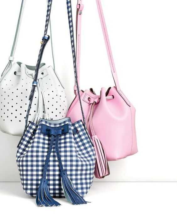8. Bucket Bag - Ke Kampus? Pilih Nih 10 Tas Kuliah Wanita Model Baru yang Murah