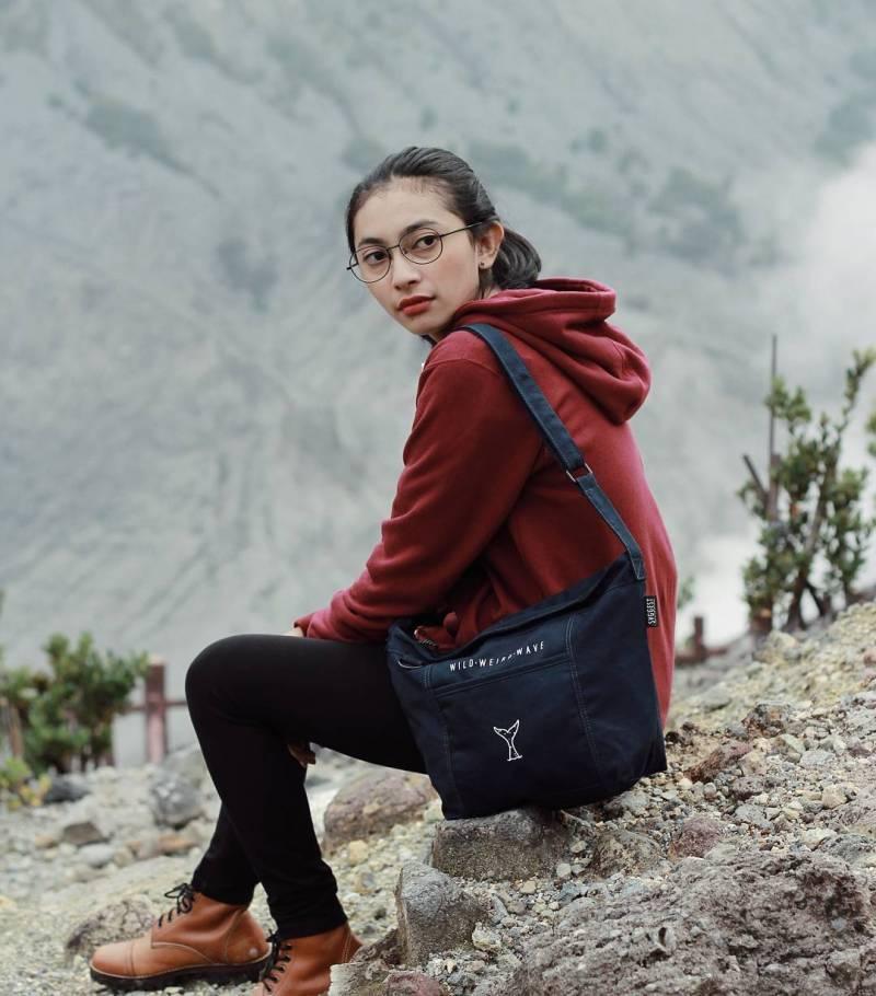 Svggest from Instagram - 10 Merk Tas Wanita Yang Bagus Buatan dalam Negeri Yang Sering Dikira Import