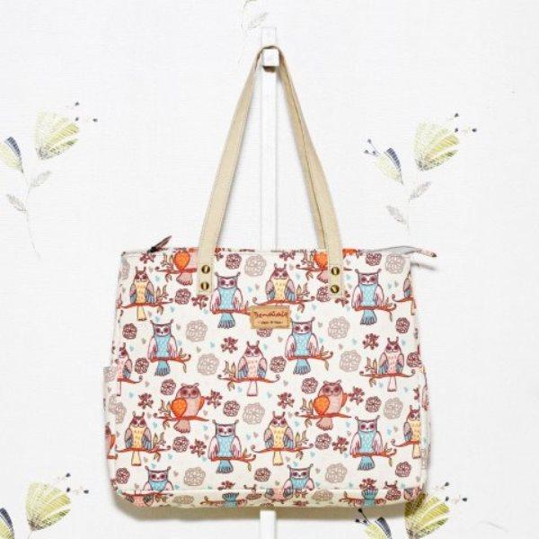 4. Tote Bag - 10 Model Tas Wanita yang Lagi Trend Untuk Hangout