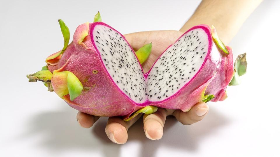 5. manfaat buah naga untuk kecantikan - 10 Manfaat Buah Naga untuk Kecantikan, Termasuk Mencegah Penuaan Dini
