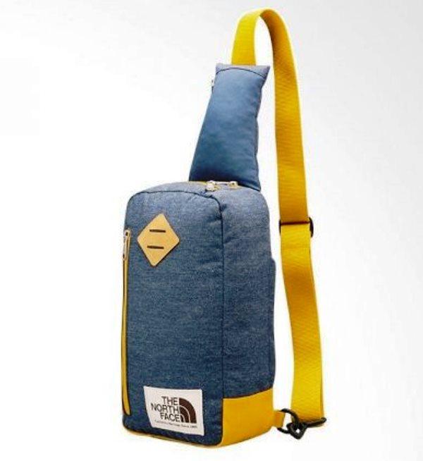 9. Field Bag - 10 Model Tas Wanita yang Lagi Trend Untuk Hangout