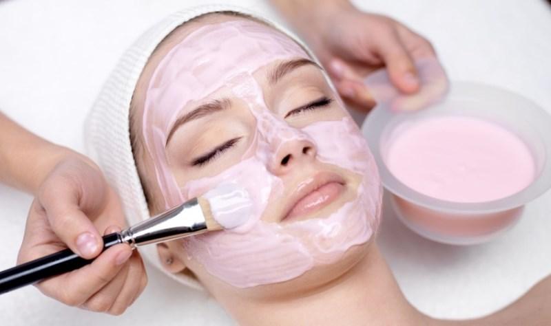 Soothing Treatment - 7 Pilihan Perawatan Wajah di Salon yang Cocok untuk Pemula