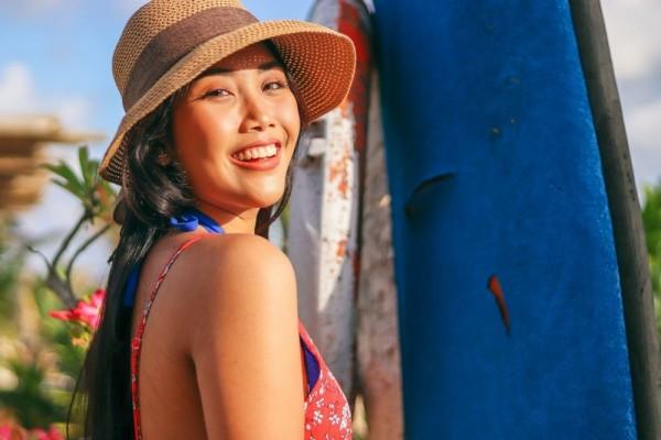 2. Jangan Lupa Mengaplikasikan Sunscreen - 7 Perawatan Wajah Usia 40 Tahun Keatas Yang Sebaiknya Kamu Lakukan