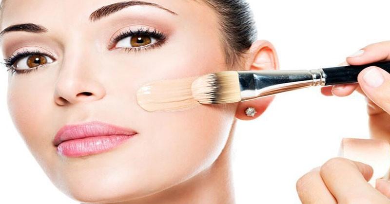 4 7 - Bingung Cara Pakai Make Up untuk Pesta Pernikahan agar Terlihat Natural? Begini 15 Tipsnya