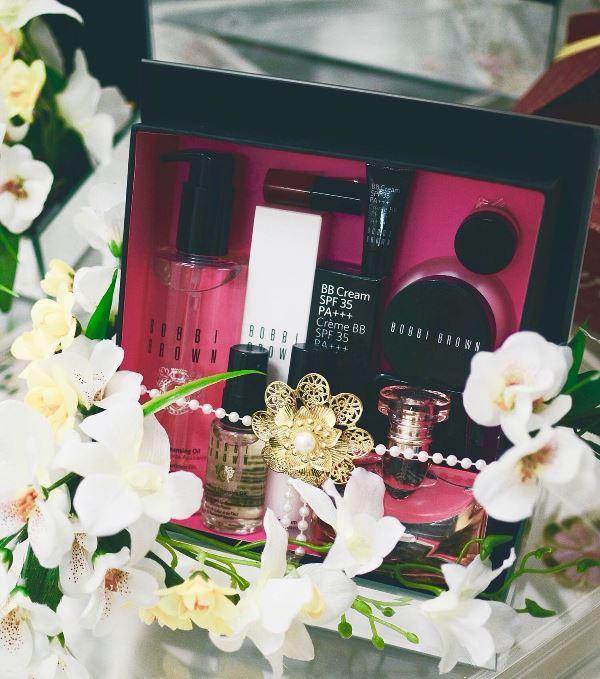 cara menghias hantaran pernikahan make up 3 - Cara Menghias Hantaran Pernikahan Make Up yang Bisa Kamu Lakukan Sendiri