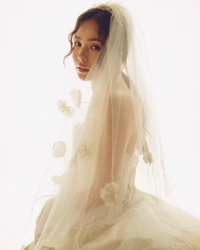 5. Min Hyo Rin - Di Kalangan Artis, Ini 7 Make Up Pernikahan Yang Lagi Tren